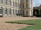 chateau-montgeoffroy-facade-regards-scenographie-800-72314