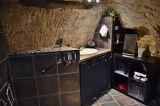 farfadine-et-troglos-doue-la-fontaine-49-chambre-barnabe-salle-d-eau-153589