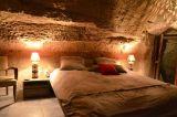 farfadine-et-troglos-doue-la-fontaine-49-chambre-romeo-vue-d-ensemble-s-laine-153596