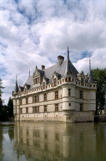 chateau-azay-le-rideau-portrait-p-berthe-cmn-paris-800-120287