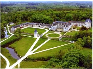chateau-gizeux-vue-aerienne-800-325715