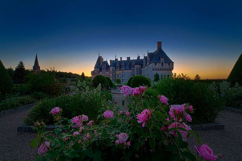chateau-langeais-tombee-nuit-800-113471