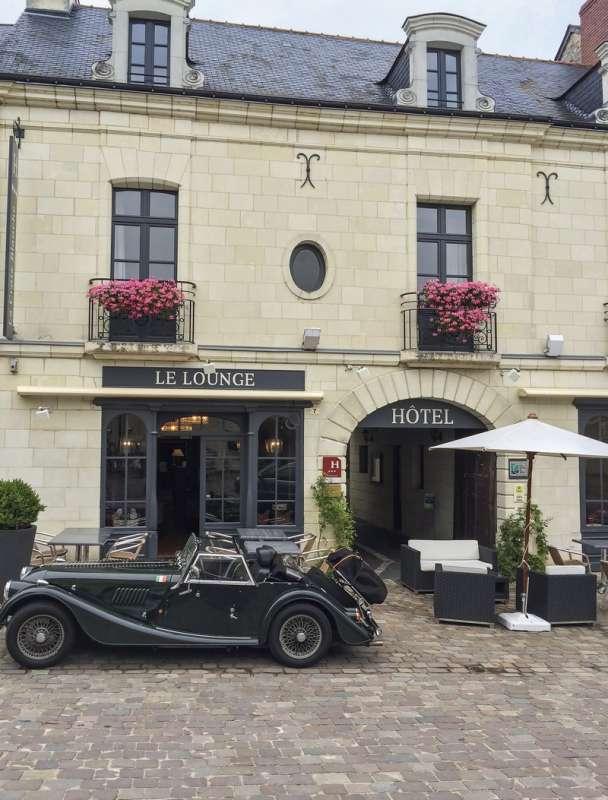 Reserver hotel h tel de la croix blanche for Garage la croix blanche
