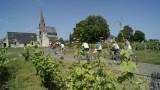 Balade en vélo dans le vignoble - église de Parnay